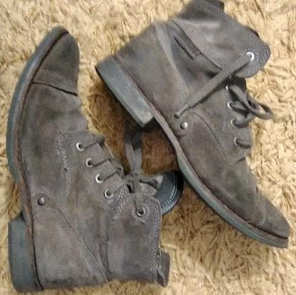 925fff42e01 Caterpillar men's boots.